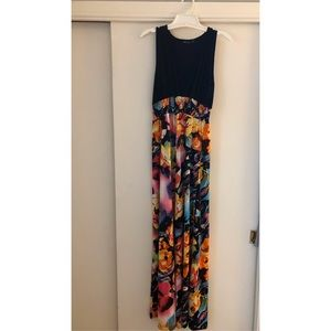 Boohoo V-Neck Tropical Maxi Dress